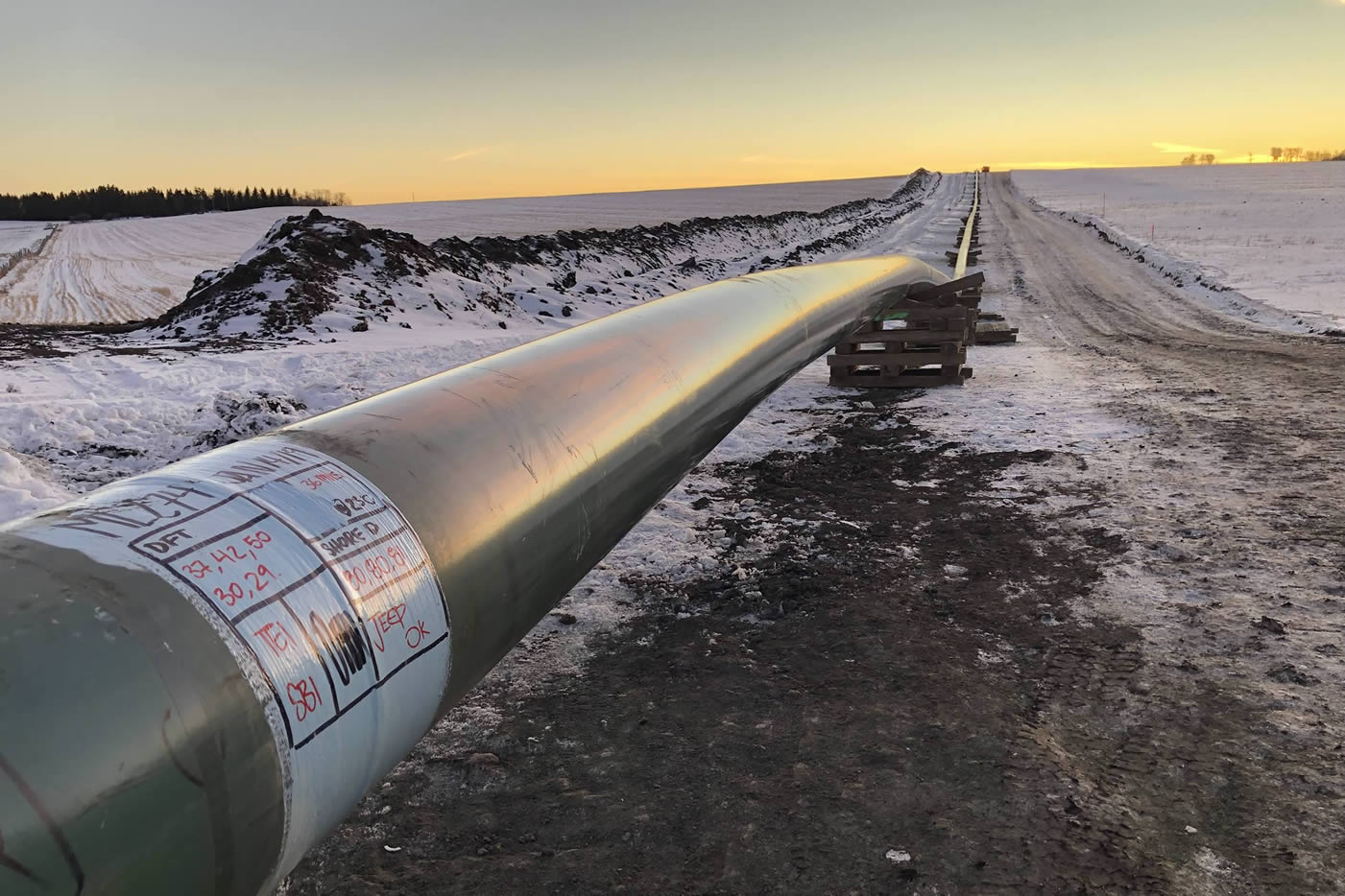 Enhance Energy and Wolf Midstream Sign Agreement to Finance and Construct the Alberta Carbon Trunk Line